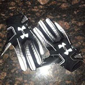 UA Football Gloves